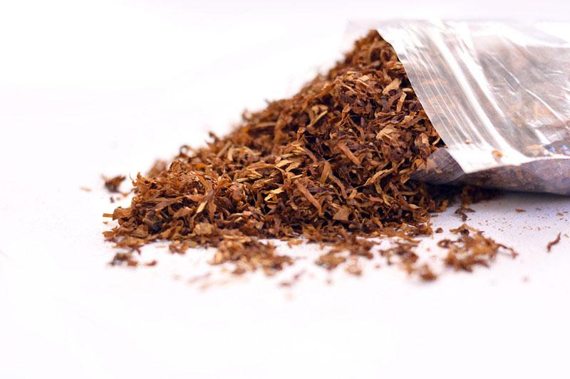烟斗烟丝,烟斗烟丝如何装填,购买烟斗烟丝,烟斗烟丝点火吸食